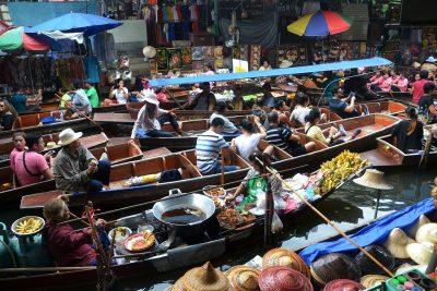 Bangkok - prikazna slika - floating market - na Tajsko