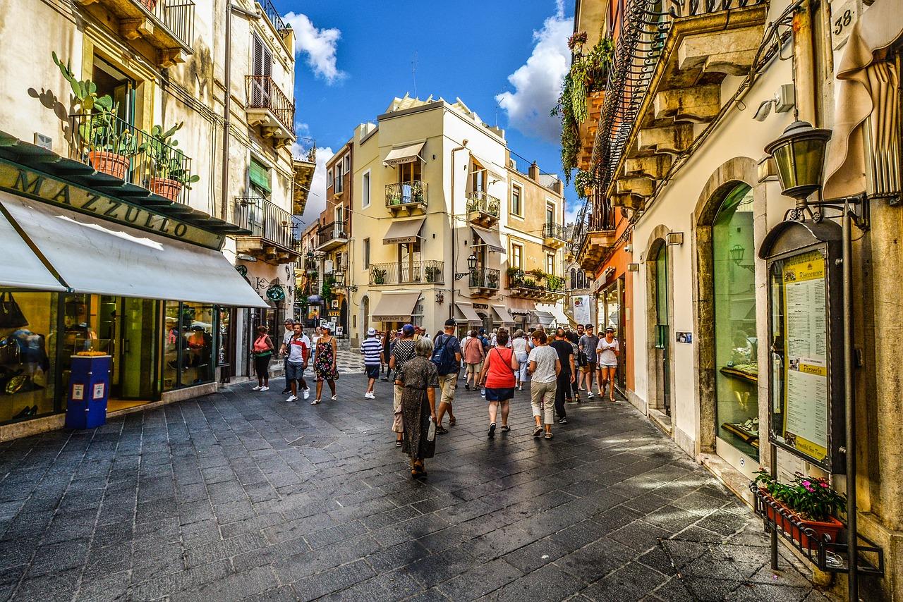 taormina karta Pot pod noge | Sicilija: povratna let. karta + 7 nočitev z  taormina karta