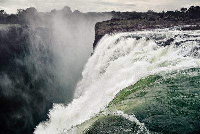 ZAMBIA WATERFALL
